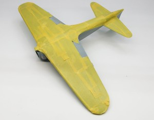 機体下面のマスキング