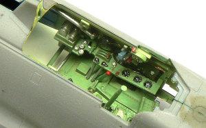 零式艦上戦闘機21型 コクピットの組み込み