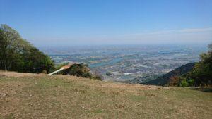 美濃松山のパラグライダー場