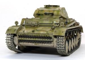 2号戦車F型 連結ピンの頭は内側です