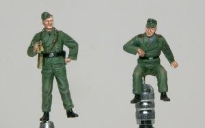 10.5cm榴弾自走砲39H(F) フィギュアの塗装