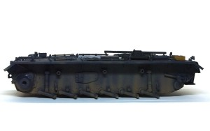 3号戦車J極初期型 車体下部の汚し