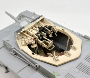 3号戦車B型 砲塔内部の塗装と仕上げ