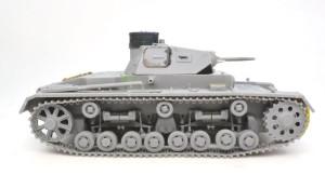 3号戦車B型 履帯をはめてみた