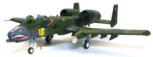 A-10Aサンダーボルト2 脚の取り付け