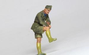 ドイツ戦車兵・アフリカ軍団 靴以外の塗装が完了