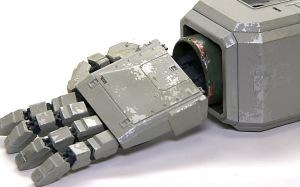 地球連邦軍・対MS特技兵セット 陸戦ガンダム(腕)の細部の塗分け