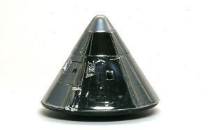 アポロ11号月着陸船 司令船に不足していたミラーシートを貼る