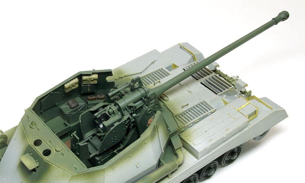 戦闘室と主砲の塗装 17ポンド自走砲アーチャー