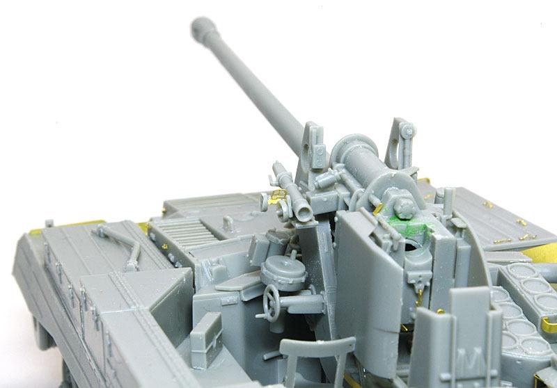 主砲の組立て 17ポンド自走砲アーチャー