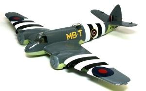 ボーファイターTF.Mk.10 デカール貼り