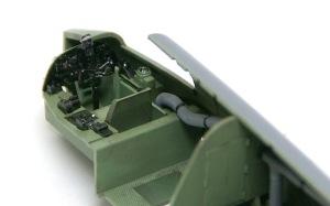 ボーファイターTF.Mk.10 コクピットの塗装