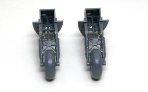 ボーファイターTF.Mk.10 主脚の組み立て