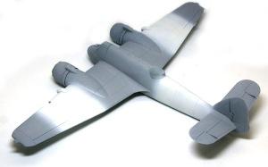 ボーファイターTF.Mk.10 サフ吹きと白帯