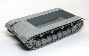 4号架橋戦車D型 履帯の組立て