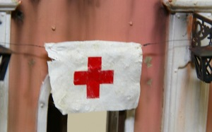 Feldkrankenhaus(野戦病院)  赤十字の旗