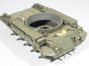 M42A1ダスター自走高射機関砲 車体部分の組立て完了