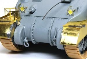 シャーマン2初期型 ヘッドライトのマスキング