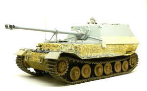ドイツ重駆逐戦車・エレファント  組立て完了