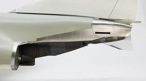 機体尾部の塗装