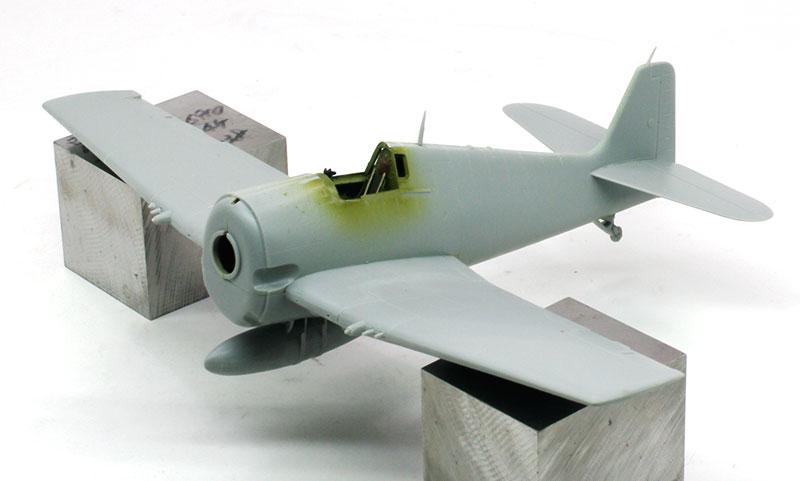 F6F-F6F-3ヘルキャット 士の字になった