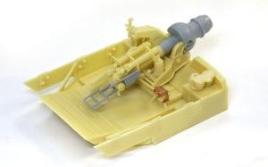 フェルディナンド最終生産車輌  戦闘室インテリアの組み立て