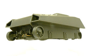 シャーマンMk.5C ファイアフライ 車体下部の組立て