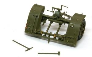8.8cm対空砲Flak18 前のリバー