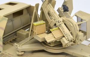 砲弾とケースを乗せてみた