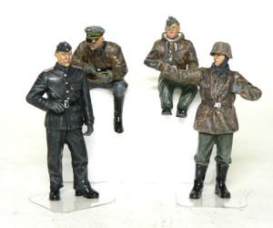ドイツ戦車部隊 前線偵察チーム 服と顔の塗装