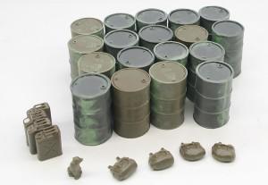 積み荷のドラム缶