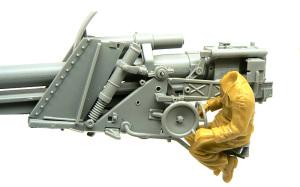 ドイツ・自走砲兵 砲手のフィッティング