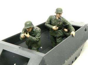 ハノマーグ兵員輸送車 指揮官と機銃手も乗せてみた