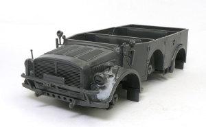 ドイツ・大型軍用乗用車 ホルヒ・タイプ1a ボディの組立て