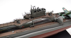 特型潜水艦 伊-400 艦橋の組立て