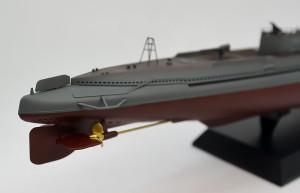 特型潜水艦 伊-400 艦尾の組立て