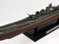 あまり構造物の無い潜水艦ですが、伊-400は飛行機を3機も搭載しているので、少しだけ作りでがありますね。