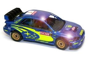 スバル・インプレッサWRC2004 コンパウンドで 磨く