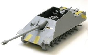 ヤクトパンターG1初期型 車体上下の貼り合わせ