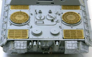 ヤクトパンターG1初期型 エンジンデッキの組み立て