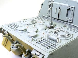 ヤクトティーガー ヘンシェルタイプ エンジンデッキの組立て