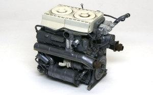 ケーニヒスティーガー・ヘンシェル砲塔 マイバッハHL230Pエンジン