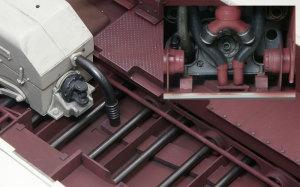 ケーニヒスティーガー・ヘンシェル砲塔 トランスミッションの冷却パイプ