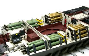 ケーニヒスティーガー・ヘンシェル砲塔 砲弾の積み込み