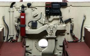 ケーニヒスティーガー・ヘンシェル砲塔 燃料タンクの配管