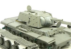 KV-1'sエクラナミ 砲塔の組立て
