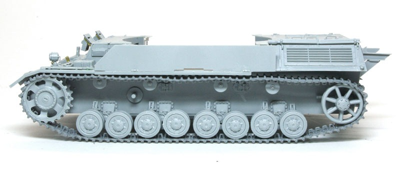 履帯の組立て 3/4号10.5cmleFH18自走榴弾砲