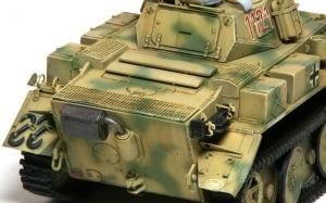 2号戦車L型ルクス スミ入れとドライブラシ