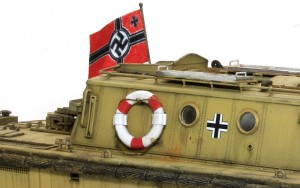 LWS後期型 浮き輪と海軍旗
