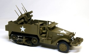 M16多連装銃搭載車 デカール貼り